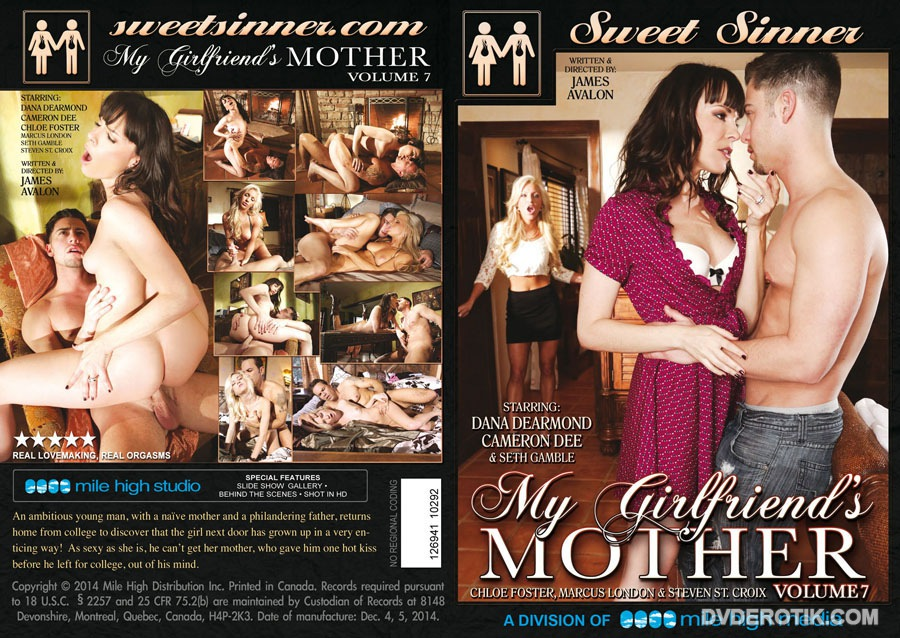 My girlfriends mom videos - XNXX. COM
