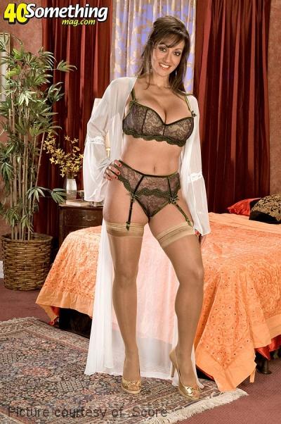 Kendra wilson hot nude