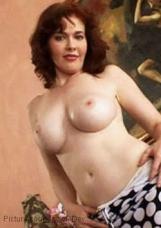 Pornostar - Mae Victoria